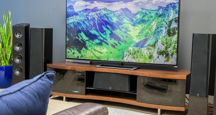 4k ce qu 39 il faut savoir avant d 39 acheter une tv uhd. Black Bedroom Furniture Sets. Home Design Ideas