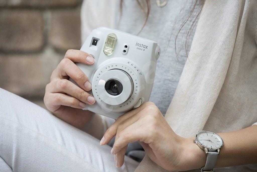 Le Fujifilm Instax Mini 9, l'appareil photo instantané le moins cher du marché